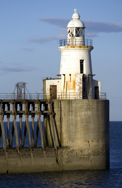 Blyth Lighthouse - North East Wedding Photographer.j.jpg